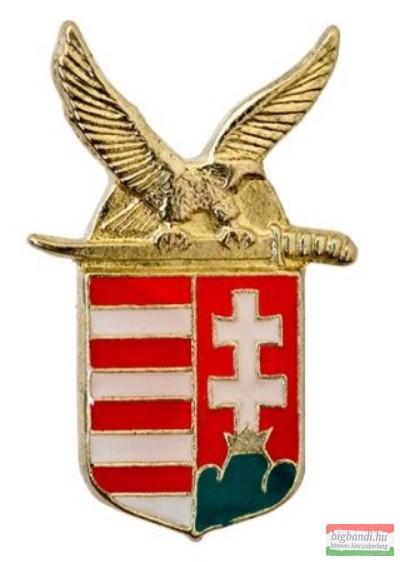 Kitűző - turulos címer