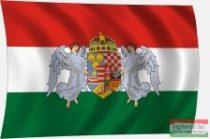 Angyalos címeres zászló - trikolor 45x30 cm