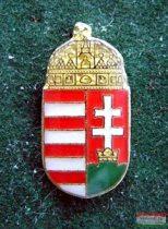 Kitűző - koronás címer 30 mm