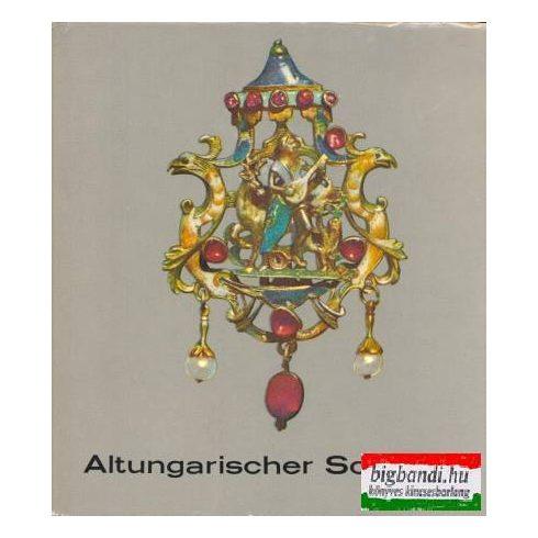 Altungarischer Schmuck