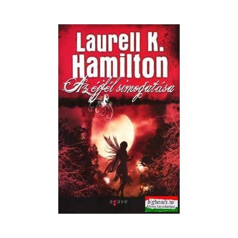 Laurell K. Hamilton - Az éjfél simogatása